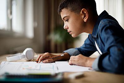 Boy, Learning, Studying
